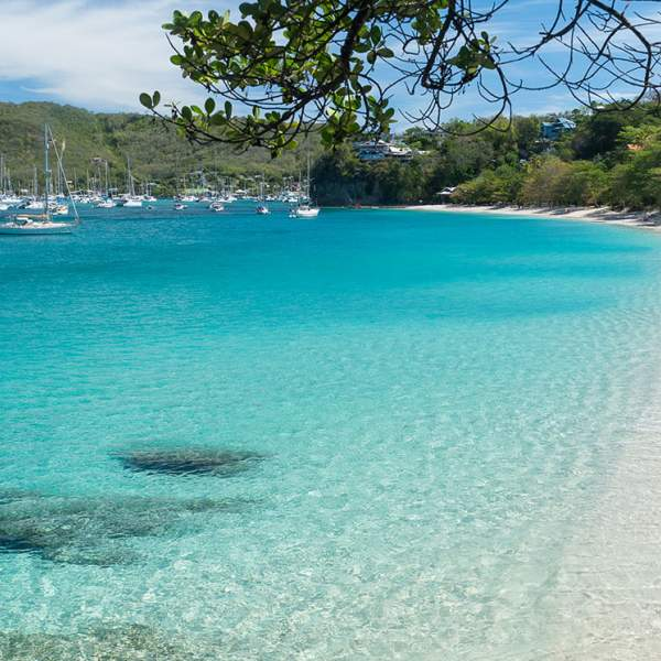 Turquoise water in Bequia