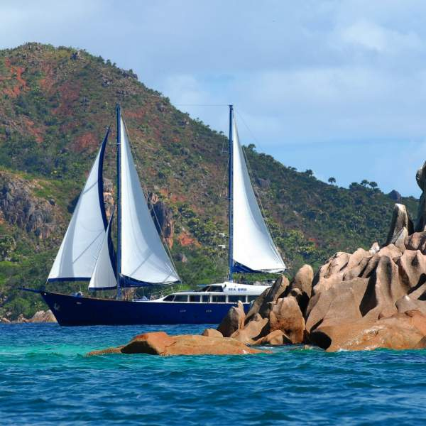 Heading for the most beautiful beaches of the Seychelles