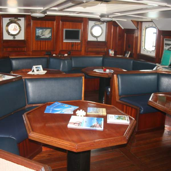 The spacious saloon can accommodate all guests