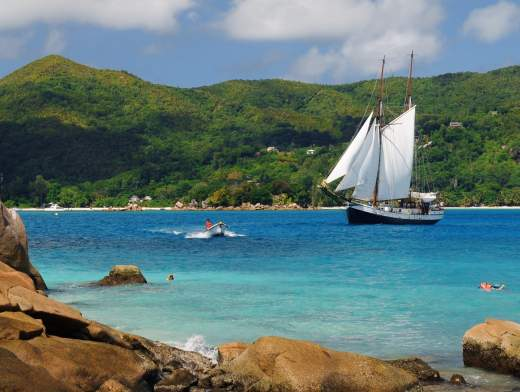 Cabin Cruise from Praslin