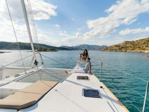 Cabin cruise discovering the history of Croatia