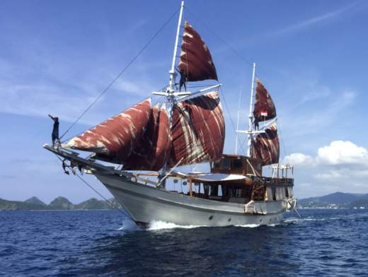 A Cabin Cruise in the Komodo Islands