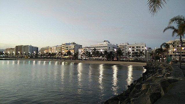 Day 1 - Arrecife, Lanzarote (14 miles)